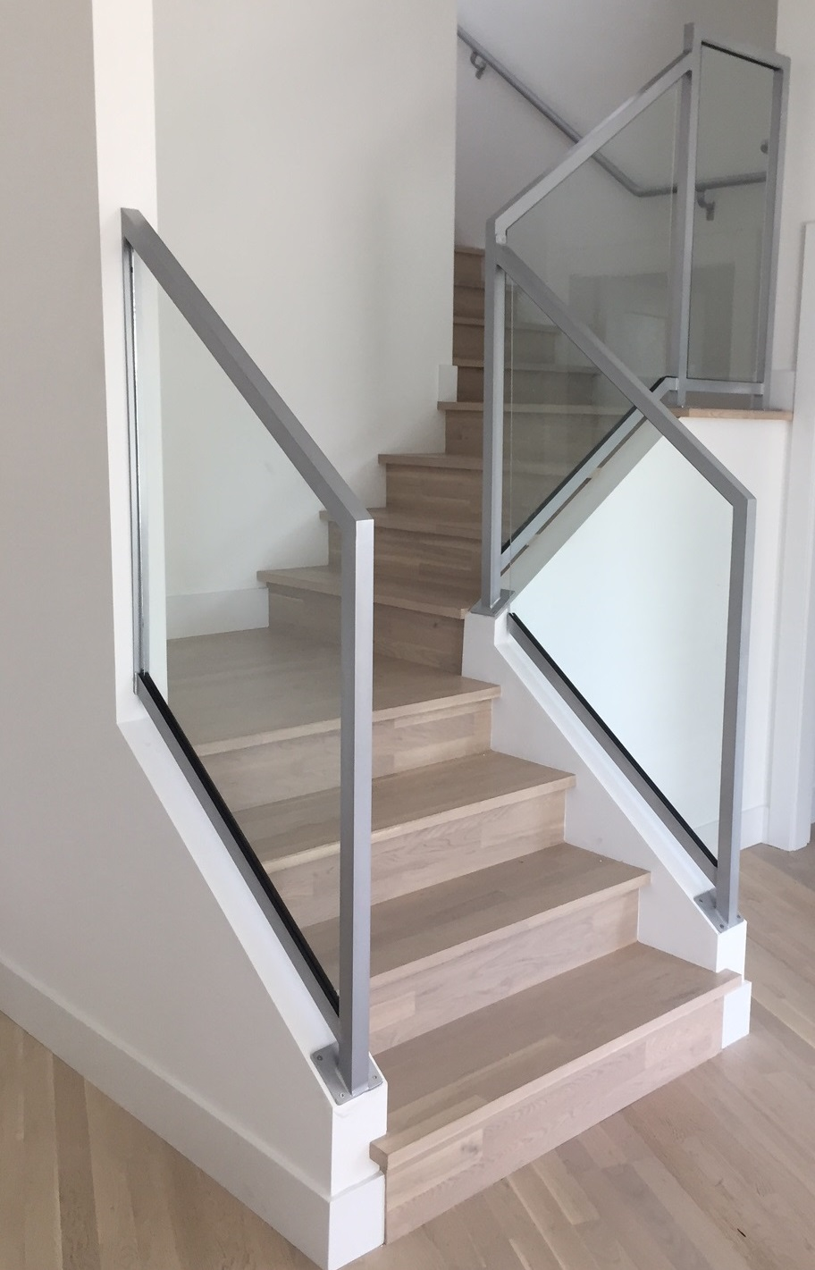 Aluminum And Gl Interior Stair Railing Silver Modern Vancouver