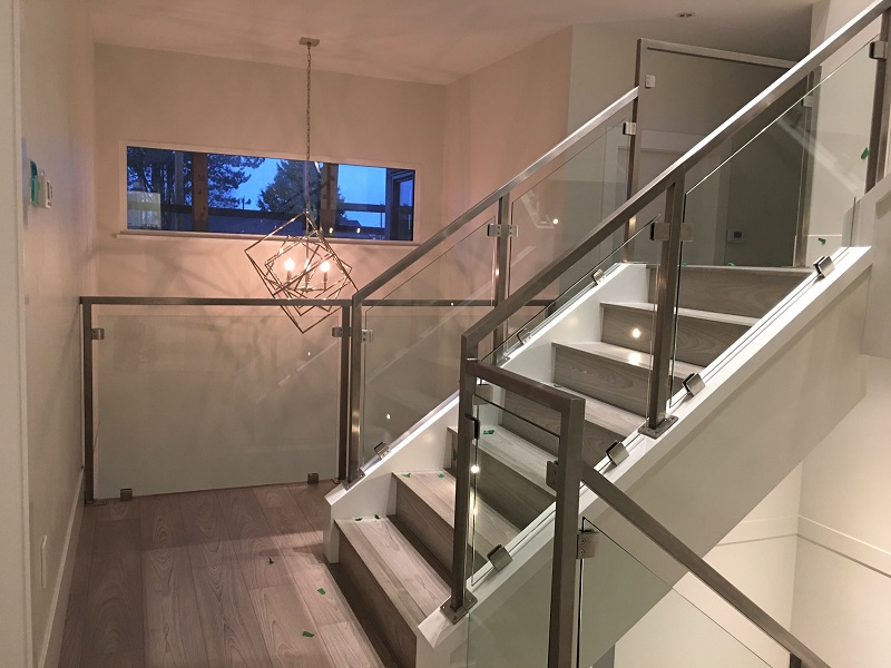 Interior railings vancouver bc interiorhalloween co for Stainless steel railings interior